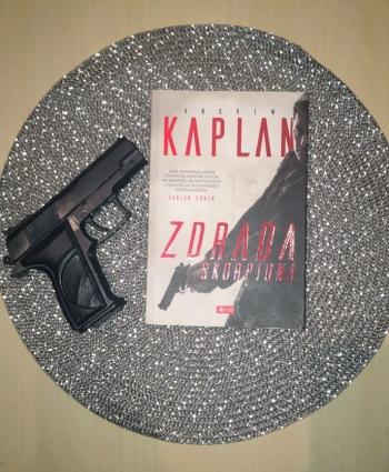 Kaplan ZdradaSkorpiona