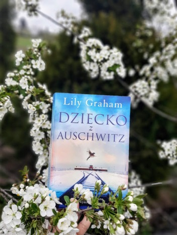 GrahamLily DzieckoZAuschwitz1